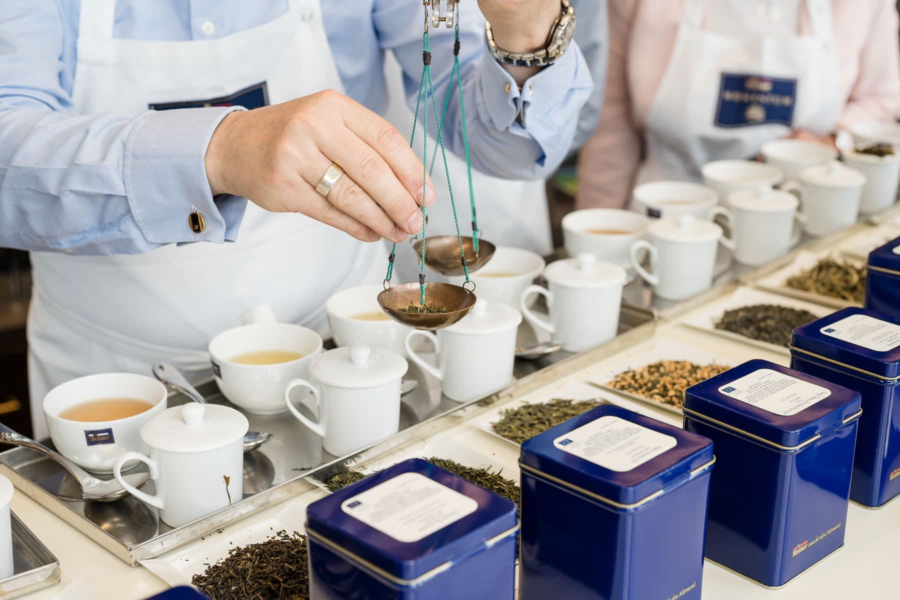 Tee in Teewaage