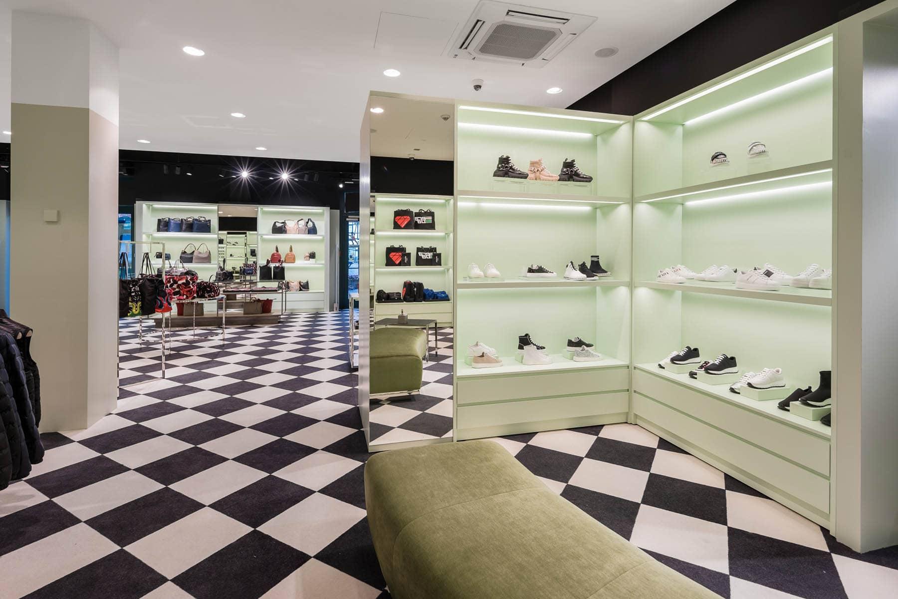 Interior Fotografie Prada Store