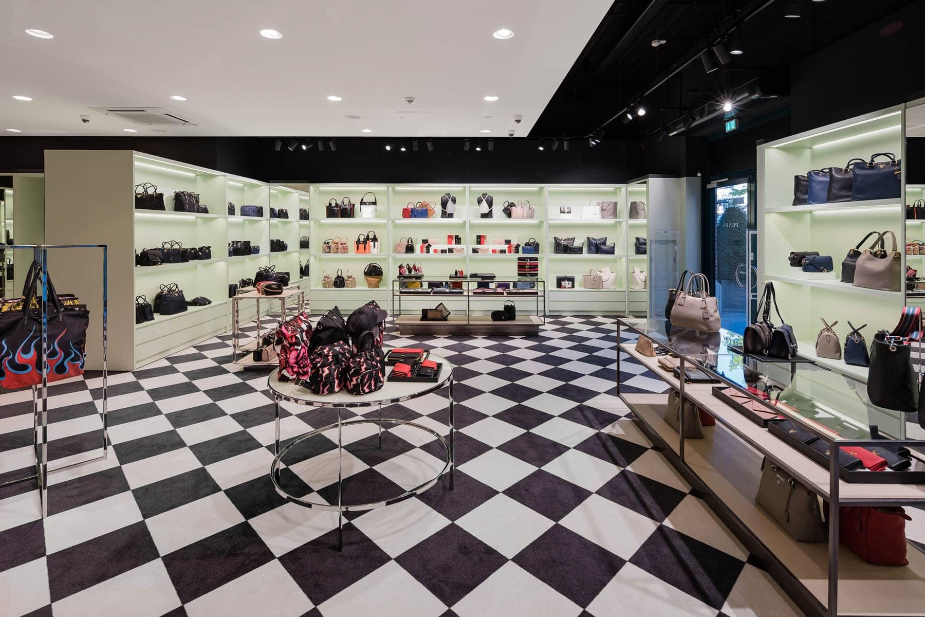 Architekturfotografie Bach Prada Shop
